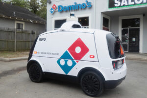 dominos-pizza-delivery-roboto